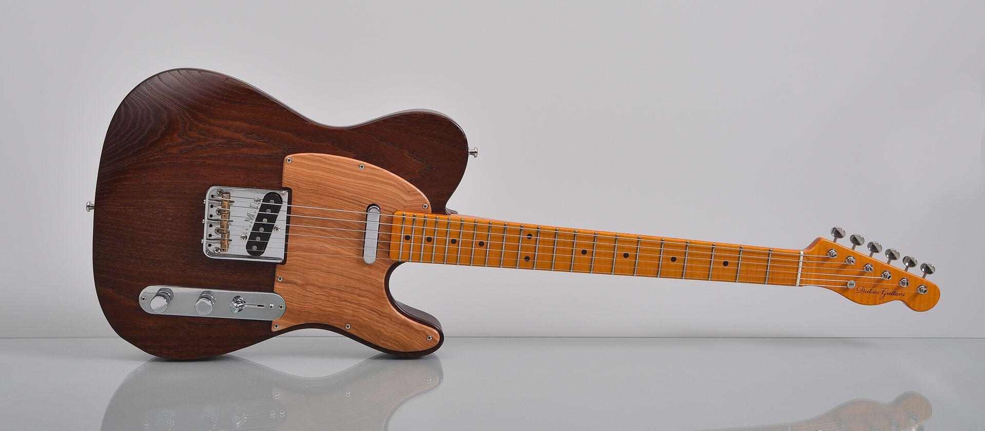 Dukas-Guitars-Timeless